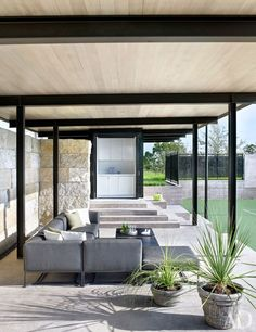 Sara Story's Texas home by Lake|Flato Architects Photos | Architectural Digest