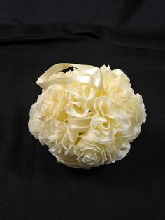 ROSE BL IVORY to hang on church pews @ £3.45 each