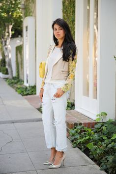 Floral fix + diy 501 Original fit Jeans Jeans Fit, Ripped Jeans, White Jeans, Viva Luxury, Yellow Accents, Boyfriend Jeans, Cool Outfits, Street Style, Style Inspiration