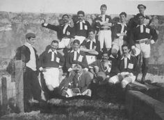 Fist  Soccer team of SL Benfica (1906) arggghh   I'm from SPORTING CLUBE DE PORTUGAL, the big rival, but, fair play...