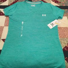 Under Armour V-neck Tee New with tags under armour Vneck womens size large. Heat Gear- wear this to feel cool dry & light. Under Armour Tops Tees - Short Sleeve