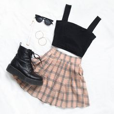 Korean fashion styles 632966922615540601 - Source by annabelllounsburyet Teen Fashion Outfits, Swag Outfits, Girly Outfits, Mode Outfits, Retro Outfits, Cute Fashion, Look Fashion, Clueless Outfits, School Skirt Outfits