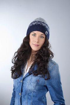 "Mütze ""Lenja"", marineblau hellgrau von Knitti Wollsachen auf DaWanda.com"