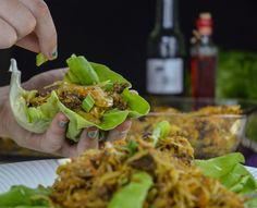 Pekingruller med salat, spicy kød og hvidkål - Mad&Opskrifter