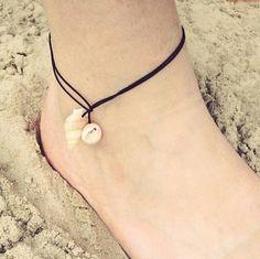 Seashell Jewelry, Bohemian Jewelry, Seashell Crafts, Beaded Jewelry, Ankle Jewelry, Ankle Bracelets, Bracelet Crafts, Jewelry Crafts, Recycled Jewelry