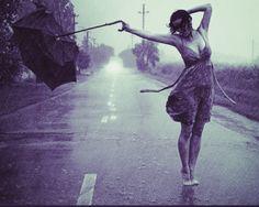 women umbrella photography Divorce advice: When you hit this place of being Umbrella Photography, Dance Photography, Portrait Photography, Color Photography, Walking In The Rain, Singing In The Rain, Photo Pose Longue, I Love Rain, Rain Days