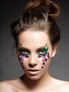 Discount Real Techniques click here ... https://www.youtube.com/watch?v=0Tlh0GPDF6E #makeup #makeupbrushes #realtechniques