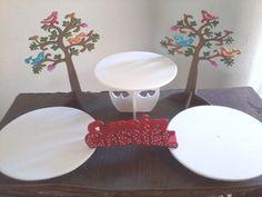 Set para tortas, tres alzadas, nombre puente y arboles de vida.