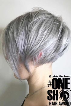 """How to style the Pixie cut? Despite what we think of short cuts , it is possible to play with his hair and to style his Pixie cut as he pleases. For a hairstyle with a """"so chic"""" and pointed… Continue Reading → Pixie Bob Hairstyles, Pixie Bob Haircut, Medium Hairstyles, Braided Hairstyles, Wedding Hairstyles, Girl Haircuts, New Haircuts, Teenage Hairstyles, Short Hair Cuts"""
