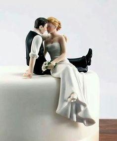 Cakes, Romantic Wedding Cake Toppers: Wondering about the Wedding Cake Toppers? Cakes, Romantic Wedding Cake Toppers: Wondering about Unique Wedding Cakes, Unique Weddings, Trendy Wedding, Our Wedding, Dream Wedding, Gold Weddings, Wedding Stuff, Wedding Venues, Wedding Ideias