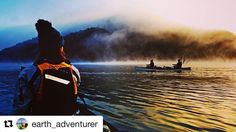 Magisk tåkeland. #reiseblogger #reiseliv #reisetips  #Repost @earth_adventurer with @repostapp  Mysterious canoe trip down Lake Eildon Australia. There is something quite special about drifting downstream early in the morning surrounded by nothing else than mist and bright sunlight   #canoeing #lake #lakeeildon  #victoria #australia #sunrise #mist #sunlight #seeaustralia