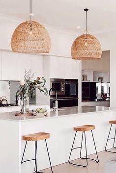 Wicker Pendant lamp #scandinavianbathroom Kitchen Room Design, Modern Kitchen Design, Home Decor Kitchen, Kitchen Living, New Kitchen, Interior Design Living Room, Home Kitchens, Kitchen Lamps, Modern Farmhouse Kitchens