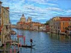 Fim de tarde no Grand canal em Veneza.