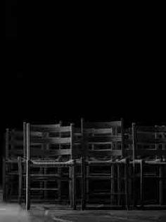 Applaus - by Medusa Mabuse Diese Kurzgeschichte nimmt an der Kurzgeschichte des Monats August 2015 auf der HP des Autoren-Netzwerks statt Stimmen dafür sind durchaus erwünscht ☺