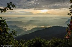 views from Adam's Peak, Sri Lanka (www.secretlanka.com) #adamspeak #srilanka #sripada