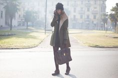 """FRANCESINE CON BORCHIE & CAPPOTTO VERDE MILITARE"" Nicoletta Reggio fashion blogger di ""Scent of obsession"" indossa il cappotto Yes!Miss The Love Brand.  Dicembre 2013.  www.scentofobsession.com"