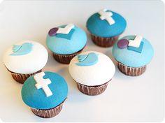 Twitter, Facebook and Foursquare cupcakes  #socialmedia #socialmediafood
