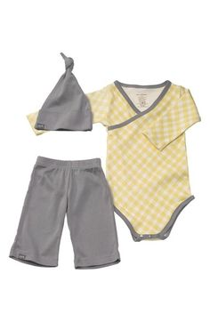 Darling gift set for babies http://rstyle.me/n/nfniznyg6