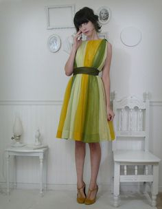 LOVE : 1960s Grecian party dress