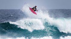 #LL @lufelive #Surfing Sticks it....
