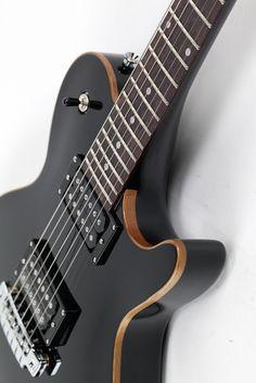 Line 6 JTV-59 Variax Electric Modeling Guitar