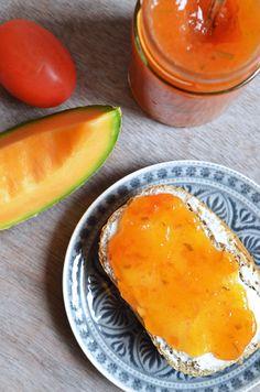 Mediterrane Melonen-Tomaten-Konfitüre mit Rosmarin