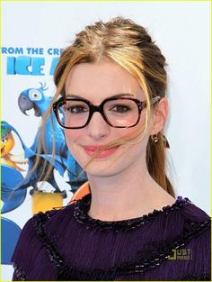Anne Hathaway, my latest style icon. Love the nerdy chic look and lighter hair on her! happily coincides with finding my old bold rim specs!
