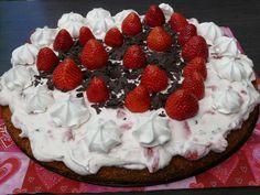 Street Food, Cuisine du Monde: Recette de gâteau spécial fête des mères aux fraises, au sirop de noix de coco (Portugal)