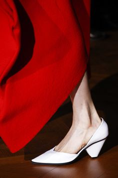 Stella McCartney Fall 2016 Ready-to-Wear, http://mmoda.net/stella-mccartney-fall-2016-ready-to-wear/,  #2016 #AbbyBass #AdelaStenberg #AlexandraElizabeth #AngelRutledge #AnnikaKrijt #AntoninaPetkovic #AriWestphal #BinxWalton #CaitieGreene #CelineBouly #CharleeFraser #DamarisGoddrie #Dilone #EdieCampbell #fall #FeiFeiSun #FrederikkeSofie #HeCong #IsabellaEmmack #JuliaHafstrom #KarlyLoyce #KatherineMoore #KatlinAas #LiXiaoXing #LineisyMontero...