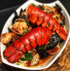 Spicy…flavorful…my recipe for Seafood Pasta Fra Diavolo is perfection in a bowl! You would think this fancy dish is super difficult to prepare…it is NOT…the key Seafood Pasta, Seafood Dinner, Fish And Seafood, Lobster Pasta, Shrimp Soup, Lobster Tails, Fresh Seafood, Lobster Recipes, Seafood Recipes