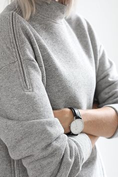 3 Persevering Tips AND Tricks: Classy Urban Fashion Gray urban fashion plus size style inspiration.Urban Fashion For Women Jordan Shoes. Swag Style, Style Me, Fashion Mode, Urban Fashion, Vetements Clothing, Casual Chique, Plum Pretty Sugar, Fashion Details, Fashion Design