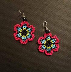 Best 12 Bead earrings Appx inches long plus hook Seed Bead Bracelets, Seed Bead Jewelry, Seed Bead Earrings, Diy Earrings, Beaded Earrings Patterns, Beading Patterns, Beard Jewelry, Beadwork Designs, Earring Tutorial