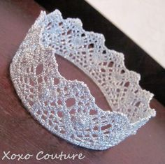 crochet crown - maybe great gramma can make with shiny gold thread for the girls and Miller for Christmas