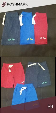 Boys Toddler Shorts 3 pairs, all sizes 4T. In like new condiotion Old Navy Bottoms Shorts