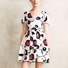 "Anthropologie Painted Poppies Maeve Dress Sz M This dress has s V-neckline and dainty ballon sleeves with side pockets. Fit and flare, still has tags. Polyester and spandex with polyester lining. Falls 35"" from the shoulder. Anthropologie Dresses"