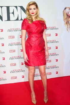 Best Dressed of the Week - Kate Upton in a Fendi red dress