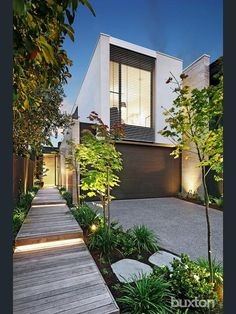 Hodder Street, Brighton East, Vic View property details and sold price of Hodder Street & other properties in Brighton East, Vic Narrow House Designs, Narrow House Plans, Modern House Plans, Modern House Design, House Cladding, Exterior Cladding, Facade House, Duplex Design, Townhouse Designs