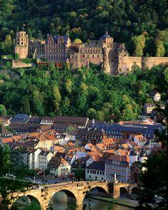 Loved this town and castle!! Heidelberg Castle, Heidelberg, Germany
