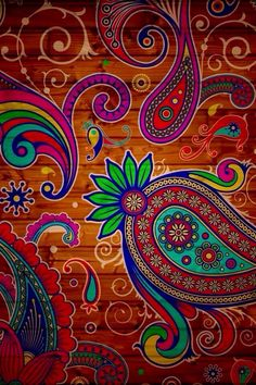 Absolutely LOVE this Paisley Patter!!!