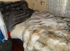 This is photos of my large collections of fur blankets, fur coats and other fur pieces and also my mohair blankets. I really like this things, as you understand when you see my photos. White Faux Fur Rug, Faux Fur Area Rug, Wool Area Rugs, Faux Fur Tree Skirt, Faux Fur Bean Bag, Mohair Blanket, Fur Bedding, Mens Fur, Fluffy Rug
