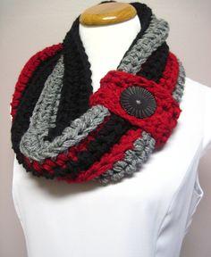 Chunky Button Crochet Cowl via Etsy
