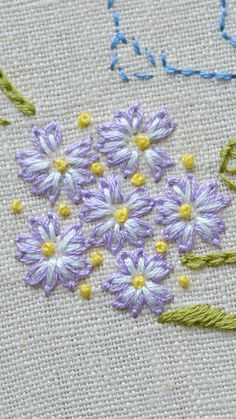 Embroidery Designs Free, Simple Flower Embroidery Designs, Hand Embroidery Patterns Flowers, Hand Embroidery Projects, Hand Embroidery Stitches, Embroidery Art, Cross Stitch Embroidery, Serin, Crafty