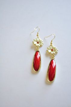 love the red! Etsy
