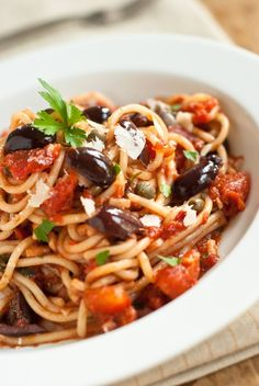 Puttanesca is rich, aromatic, and surprisingly easy to make. Here& how to make your next pasta night that much more memorable. Crepes, Best Spaghetti, Italian Pasta Recipes, Indian Food Recipes, Ethnic Recipes, Keto Recipes, Italian Chef, Guacamole Recipe, Homemade Pasta
