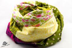 Rundschal Loopschal Loop in grün gelb lila aus der Lieblingsmanufaktur: Dein Patchwork - Lieblingsstück für den Alltag auf DaWanda.com