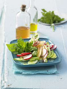 Radieschen-Salat mit Apfel, schnell vorzubereiten und super lecker