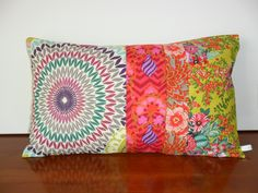 Housse de coussin style bohème, anis, fuchsia, orange : Textiles et tapis par michka-feemainpassionnement