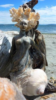 Do you think I could fit this in my kitchen somewhere? So beautiful! It captures the feeling I want very well. I can almost taste the salt water. {Driftwood Spirit Sculptures by Debra Bernier} #LGLimitlessDesign #Contest