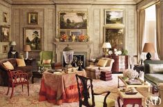 Traditional Living Room by Richard Keith Langham, Inc. and Lewis Graeber III & Associates in Hattiesburg, Mississippi