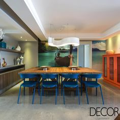 Apartamento de 190 m² apresenta layout pensado para proporcionar o máximo de comodidade e conforto à família em ambientes sociais integrados e com décor em estilo contemporâneo.